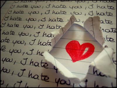 http://persepolisclub.persiangig.com/image/Love/i-love-you-i-hate-you.jpg